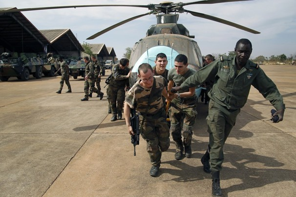 Islamist extremists grab more territory in Mali: French military forces step up their campaign, launching airstrikes for the first time in the central part of the country.