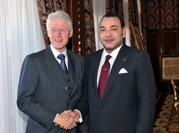 King Mohammed welcomes Bill Clinton, who lauds Morocco's tolerance, democratization