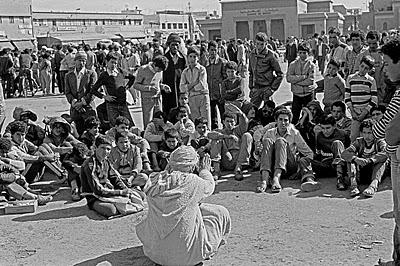 The Storyteller Jemaa el Fna 1984(Courtesy Dar Balmira Gallery, Gzira Fes Medina)