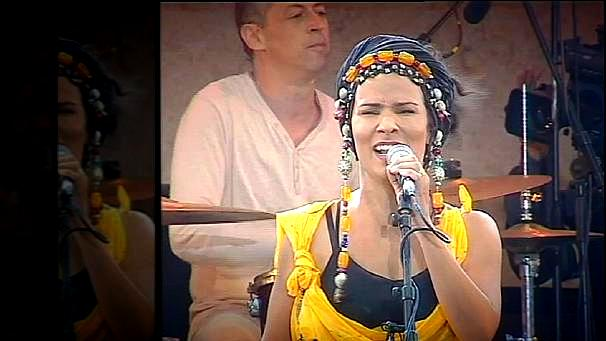 Oum El Ghaït Benessahraoui, a true Moroccan diva, on stage at the Gnaoua World Music Festival. Euronews